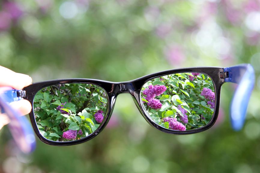 presbiopia causa baixa de visão de perto