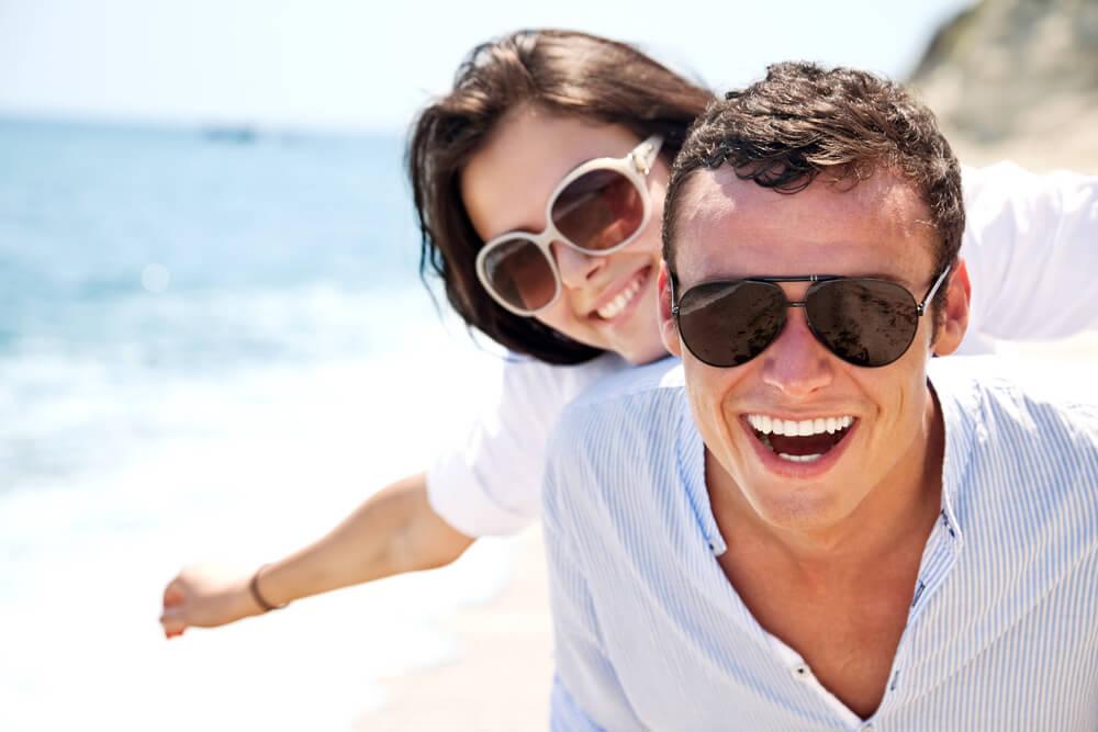 como proteger seus olhos no verão
